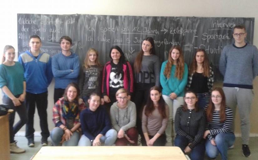 Von kreativitätsfördernder Sprachlosigkeit – eine Woche in Povazska Bystrica (Nils)
